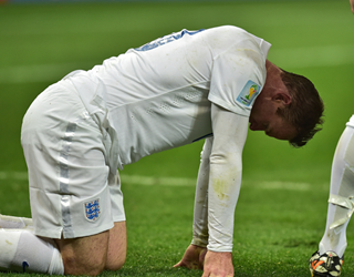 Wayne Rooney looking tired for England (Getty Images)