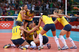 Brazil celebrate winning volleyball Olympic gold at London 2012  (Getty Images)